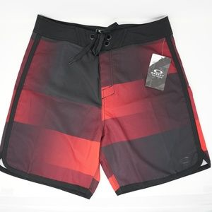 "NWT Oakley Swim Trunks Board Shorts 19"" Red 33"